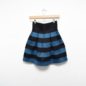 Girl from Savoy Scalloped Striped Ponte Skirt S